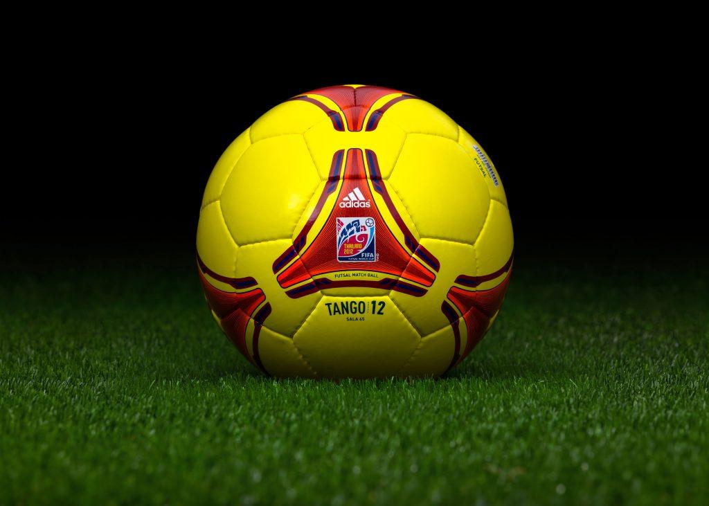 One World Futsal: ADIDAS TOP SALA